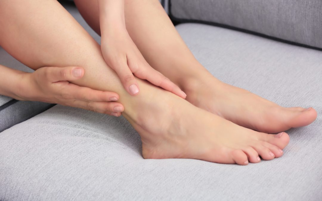 Hand and Foot Buff and Moisturise